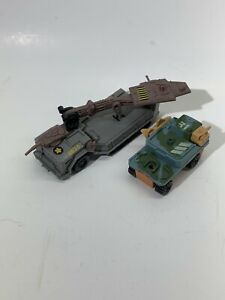 MICRO MACHINES by Kenner 1989 Set of 2 Truck & Landing Truck Tank Vehicles