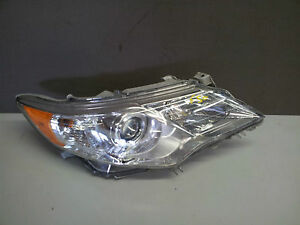 2012-2013 Toyota Camry Passenger Side Headlight