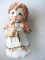"Vintage 4.5"" Tall Artmark Angel figurine Hand Painted Made In Taiwan"
