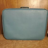 Vintage Samsonite Saturn Hard Suitcase / Luggage light blue /used