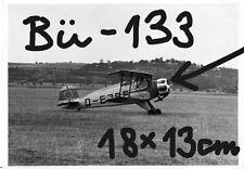 Orig. Foto, Luftwaffe Flugzeug, Bücker Bü-133 Kunstflug, D-EJPE(?) rollt am Feld