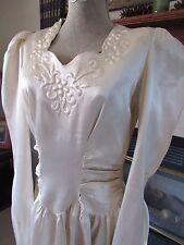 AMAZING Vtg 1940s SATIN Wedding DRESS Trapunto Details Long Train NEEDS TLC