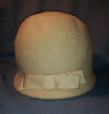 Vintage Cloche Hat by Countess; White with Bow; Faux Fur; Flapper