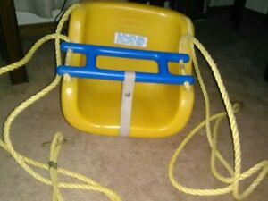 Little Tikes Outdoor Swing w/ Safety Bar * Vintage 1983 * Ropes & Hooks Includ