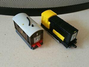 Thomas The Tank Engine Friends DEAGOSTINI Toby Iron Arry PLASTIC Trains GULLANE