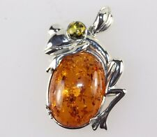 FROG PENDANT SOLID SILVER 925 SET WITH AMBER LEAPING FROG