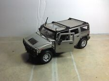 1/27 scale H2 hummer diecast vehicle Maisto collectible