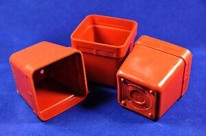 3 pcs CACTUS POTS hard thick durable sun-resistant =  6x6x6cm