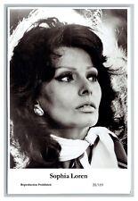 Sophia Loren (C) Swiftsure Postcard year 2000 modern print 20/119 glamour photo