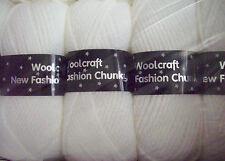 White New Fashion Chunky Wool  5 x 100gm balls  [ 500g  ]