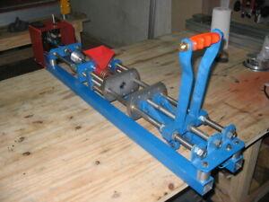manual plastic injection molding machine  PLANS DIY