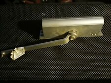 YALE 1101BFX689 Door Closer, Multi-Size adjustable pre-owned