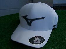 Mizuno Running Bird White Light Weight Golf Hat Cap Fitted Small / Medium NEW