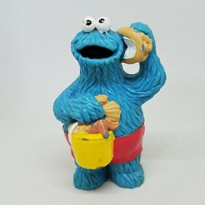 Vintage Cookie Monster Beach PVC Figure Sesame Street Applause Seashell Bucket