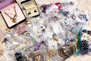 200+ Piece Vintage and Modern Mixed Junk Costume Jewelry Lot