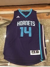 Charlotte Hornets Official Nba Adidas Kids Youth Size M Kidd - Gilchrist Jersey