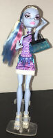 Monster High Scaris City of Frights Abbey Bominable Doll With Bag / Purse