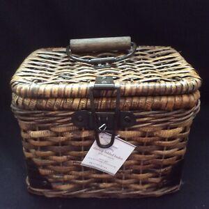 NEW Pottery Barn Daytrip Small Lidded Handwoven Basket Brown Decor 10 x 7 x 7.5