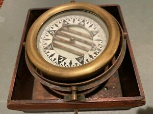 Wonderful Vintage  Ship's Compass in Hooded Mahogany Case.