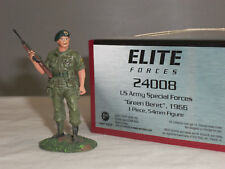 BRITAINS 24008 US ARMY ELITE SPECIAL FORCES GREEN BERET 1966 METAL TOY SOLDIER