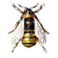Suess Biene fliegendes Insekt Brosche Zubehoer der Kleidung Emaille Broschen 2I