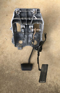 Dodge Ram 1500 Brake and Gas Pedal Assembly