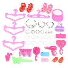 Poupées Barbie et accessoires en lots