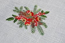 Edle neuwertige gestickte Weihnachtsdecke Marke Tischfein 6 Buketts 140 x 125 cm
