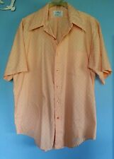 Men's 1960's or 70's vintage short sleeve button up