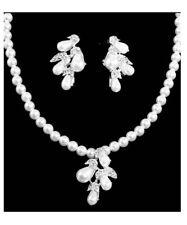 Brautschmuck Schmuckset Set Kette Ohrringe Anhänger Perlen Weiß Kristall Klar