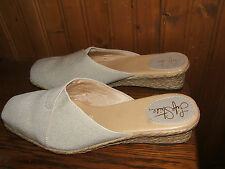 Life Stride Tan Canvas Wedge Sandal Flops Size 8