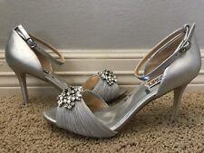 New BADGLEY MISCHKA Women's Sabrina II Silver Pumps Sandals Sz 9 $245