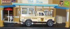 HOT WHEELS Loose Land Rover Series III Pickup (Cream Version)