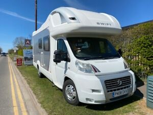 2008 Swift Voyager 685FB - 4 berth motorhome, fixed bed