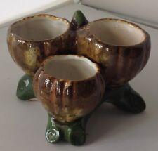 pot céramique en 3 compartiments en couleur anse avec 4 pieds