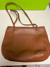 beautiful COACH purse shoulder bag handbag tan 11x15 leather