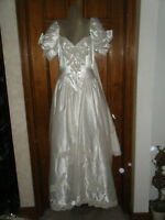 Vintage 1980's Satin Beaded & Sequined Wedding Gown w/Attached Train - Size 8