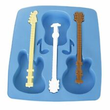 Mould in silicone ice tray-shaped guitar. LW