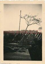 Foto, Nachl. H.Sporleder, Westfeldzug, Blick auf Panzersperren, 1940; 5026-317