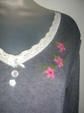 Matthew Williamson Grey fine knit top with Lace trim & floral embroidery. UK 12