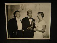 Candid Jean Hersholt Ingrid Bergman James Baskette Oscar Academy Award Show 908H