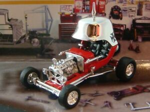 Tom Daniel Design 1969 RED BARON T-Bucket Hot Rod 1/64 Scale Limited Edition Z