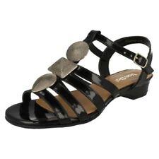 Calzado de mujer sandalias con tiras de charol talla 36