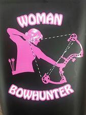 women bowhunter