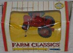 Vintage ERTL Collectible Farm Classics Farmall M-TA #4263 Die-Cast Metal 1:43