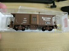 N Scale Micro Trains MTL13000010Southern Pacific Bay Window Caboose