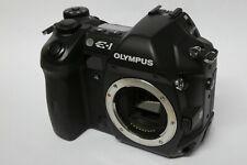Olympus E-1 Gehäuse / Body  B-Ware 7327 Ausl. E1 ohne Zubehör