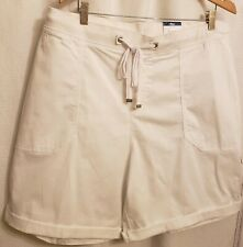 NWT 4X Terra & Sky Women's Plus Size Cargo Shorts Elastic waistband, White