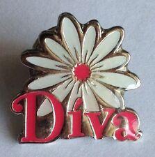 Diva Girls Jewellery Flower Pin Badge Rare Vintage Advertising (F8)