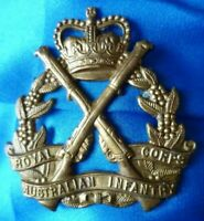 VINTAGE Royal Australian Infantry Corps Cap Badge QC BRASS